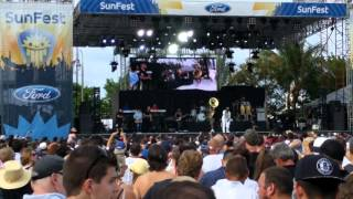 The Roots Sunfest 2016