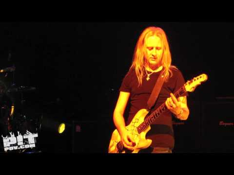 ALICE IN CHAINS • Rooster • 971 Freakers Ball • Dallas, Texas •� • PIT POV HD