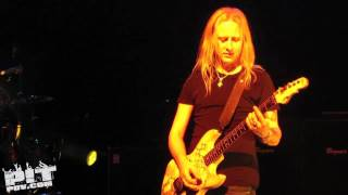 ALICE IN CHAINS • Rooster • 97.1 Freakers Ball • Dallas, Texas • 2009 • PIT POV HD