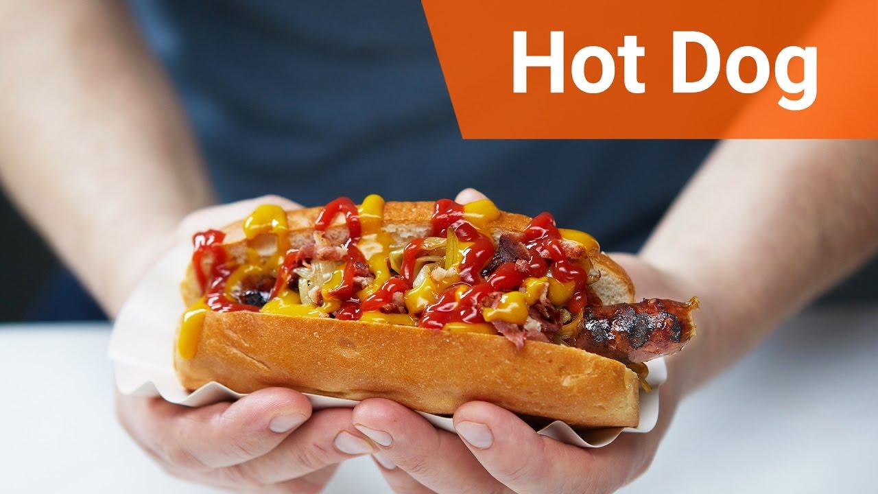 Hot dog w nowojorskim stylu.