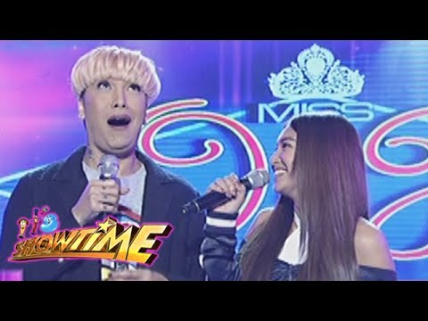 "It's Showtime Miss Q & A: Nadine asks Vice ""Who is your first kiss?"""