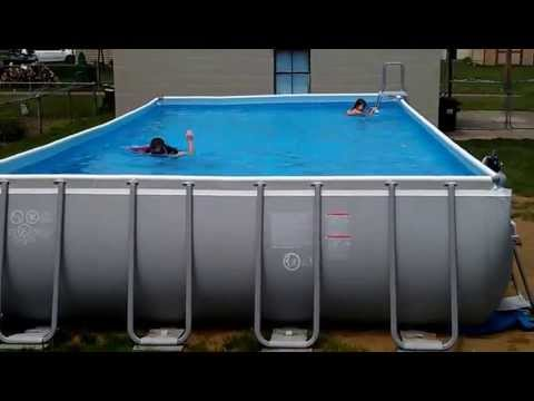 Pool intex ultra frame 32x16 52 deep youtube for Swimming pool unterlage