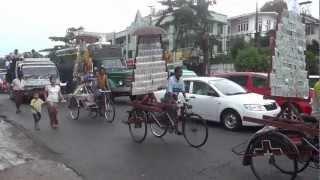 Yangon市内 2012年11月27日撮影.