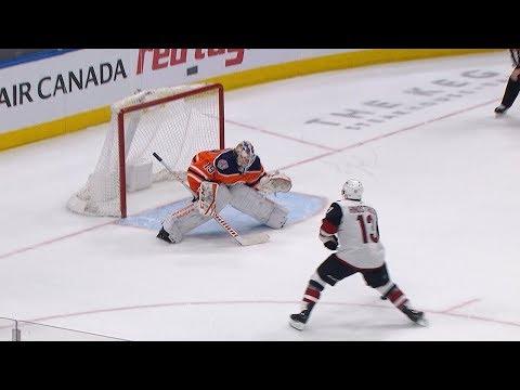 Vinnie Hinostroza scores unreal shootout winner against Oilers