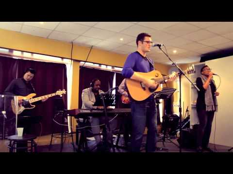 A Ton Nom - At your name (Yahweh, Yahweh) Phil Wickham (French) HD