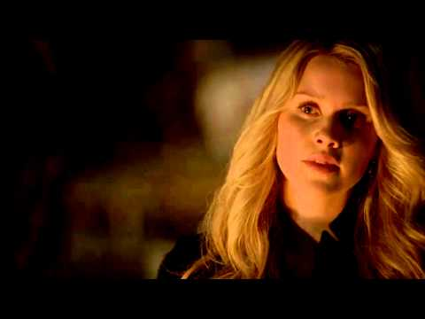 The Originals - Music Scene - Walkabout by Augustines - 1x16