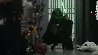 ULTIMATE LIVE FAN REACTIONS TO LUKE SKYWALKER'S RETURN IN MANDALORIAN CHAPTER 16