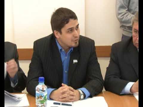 Глава администрации  г.Нефтекамск Рашит Давлетов игнорирует мнение депутатов