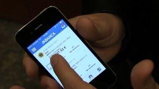 Abanca lanza una aplicación de banca móvil para invidentes