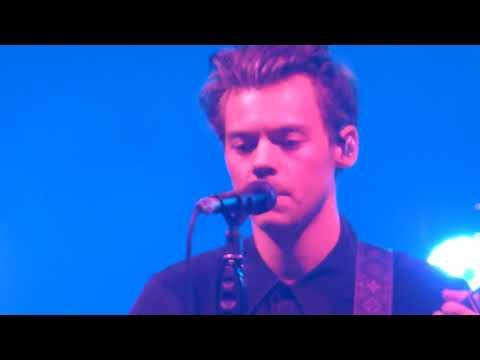 Harry Styles - Just A Little Bit Of Your Heart - Phoenix, AZ - 10.14.17