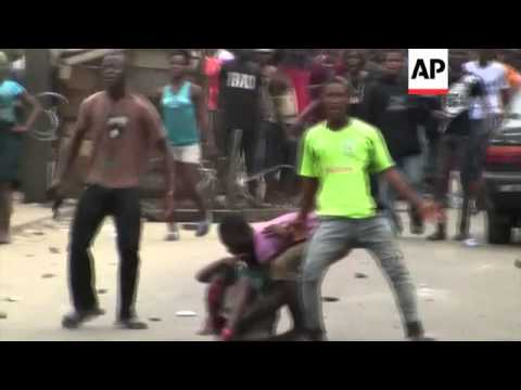 A teenage boy was injured during a tense standoff with security forces in a shantytown in Liberia's