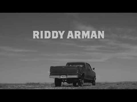 """Riddy Arman """"Half a Heart Keychain"""" Lyric Video"""