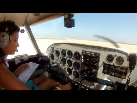 14 Years old pilot Chelsea flying the Comanche 250 from Brown Field to lake Havasu Arizona!!