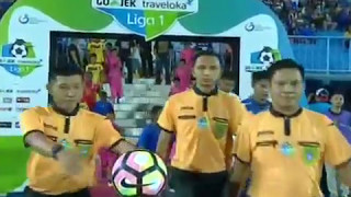 Download Video Highlights Arema FC vs Barito Putra [1-0] Gojek Traveloka Liga 1 MP3 3GP MP4