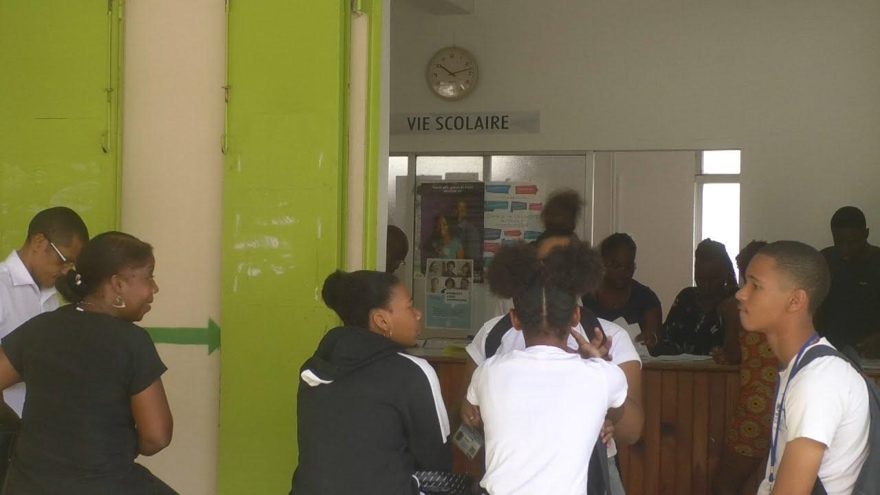 Coronavirus : face à la fermeture, les écoles s'organisent