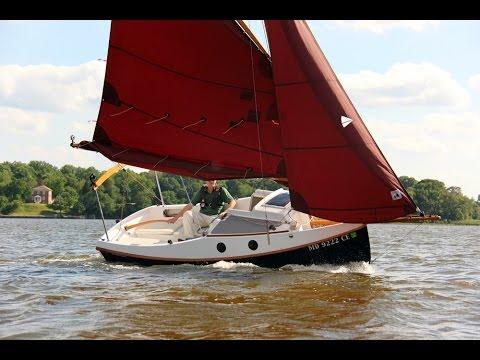 Launching and Sailing 'POCKETSHIP' - HD 1080p