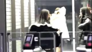 Video SinB and Eunha (GFRIEND) dances BTS' Run at the Airport download MP3, 3GP, MP4, WEBM, AVI, FLV Juni 2018