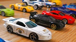 HOT WHEELS CARS YOURSELF ARE GOING TO MY HAND