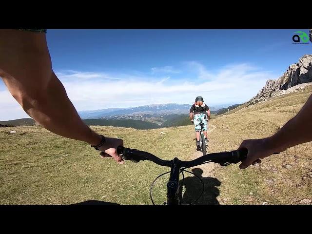 Aventuri pe bicicleta : Plecam din arad pe saua strunga - simon(bran)