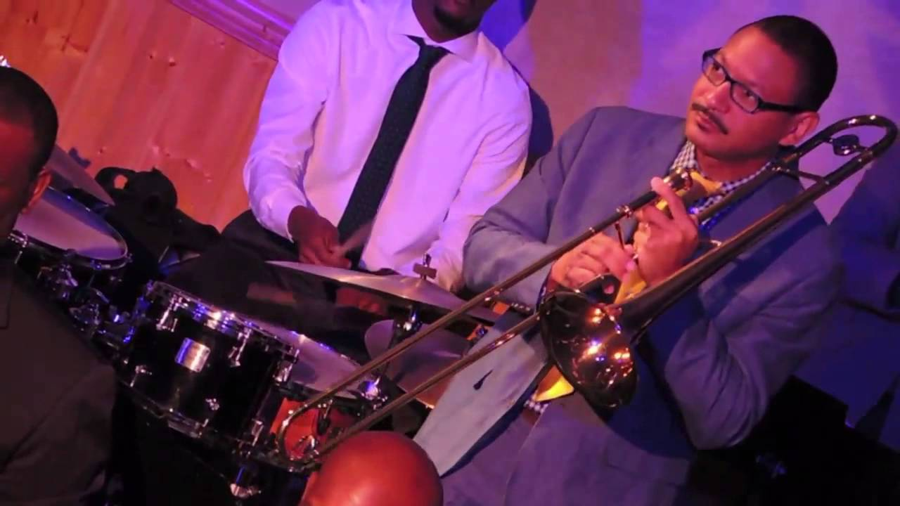 Snug Harbor Jazz Bistro Anchors Frenchmen St New Orleans