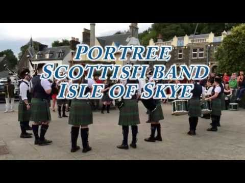 Scottish band with bagpipes in Portree Isle of Skye 4k [Scotland Trip]