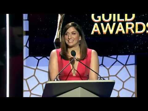 Host Chelsea Perettis 2019 Writers Guild Awards L.A. show monologue