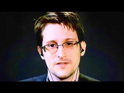 Snowden Endorses Sanders, Trolls Clinton During Democratic Debate