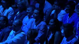 شاهد بالفيديو الرئيس التنفيذي لمايكروسوفت يعلن عن هاتف iPhone Pro !!