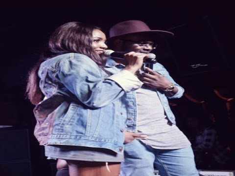 """Simi & Falz are Electric on Stage Together performing """"Chemistry"""" for the First Time"""