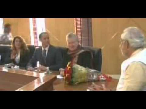 American Ambassador to India Nancy Powell meets BJP prime ministerial candidate Narendra Modi