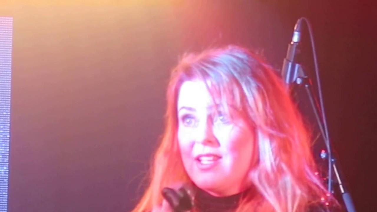 Carrie Ellinoora