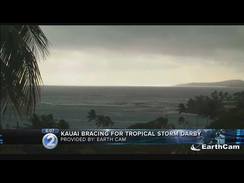 Mayor Carvalho signs emergency proclamation ahead as Darby creeps closer to Kauai