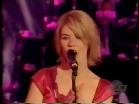 Jennifer Paige-Crush Live !!!!!(1999..) from HIFI vcr !!