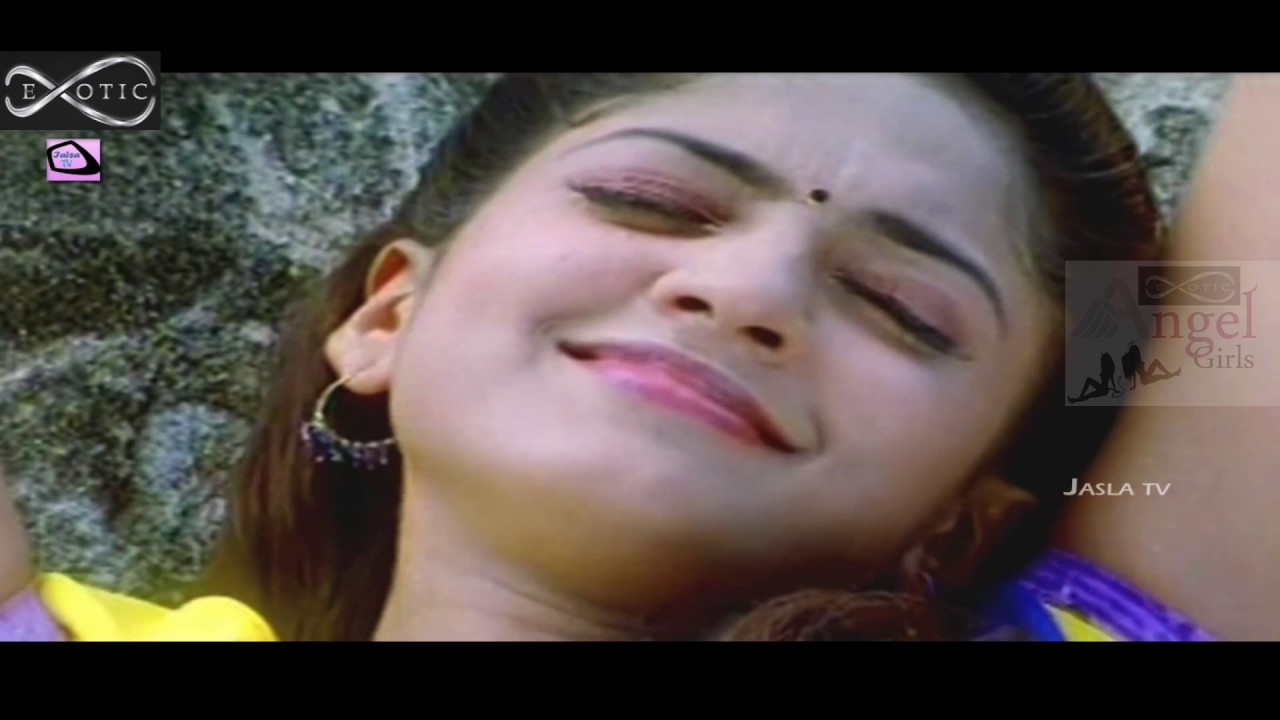 Sheela Hot Boob Press Ass Touched Navel Touch Kissing Compilation Slow Motion Hd