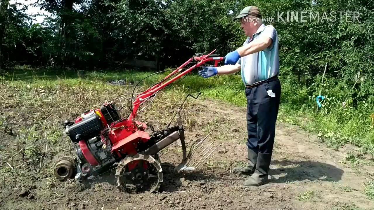 что делает мотоблок на огороде