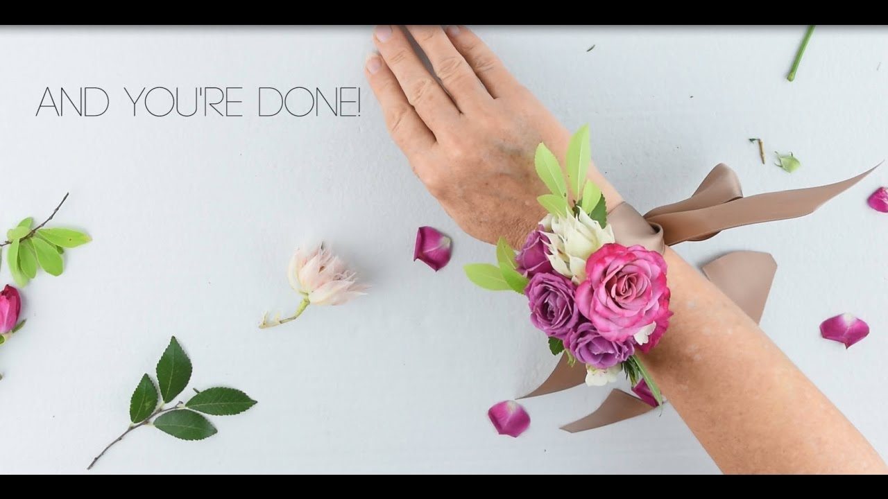 Easy Diy Wrist Corsage By Flower Moxie Super Fast Tutorial Youtube