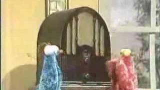 Classic Sesame Street - Yip Yip aliens discover a radio thumbnail