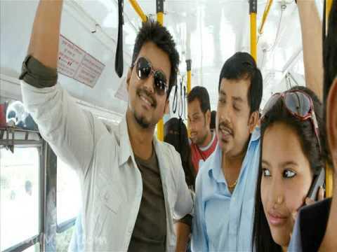 Thuppaki - Bus Mass scene