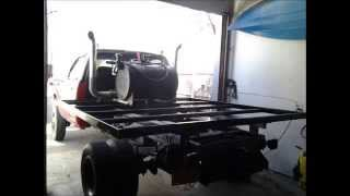 Hummin Cummins With A Flatbed