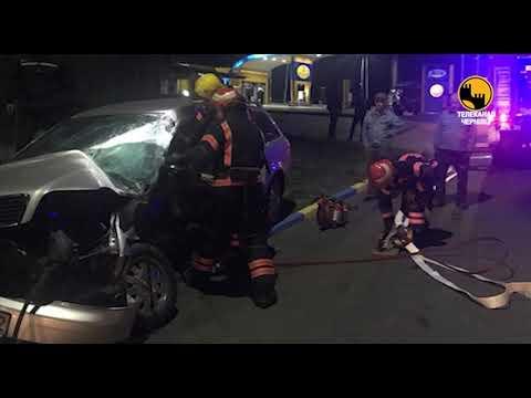 Телеканал ЧЕРНІВЦІ: Під час нічної ДТП на Буковині загинув чоловік