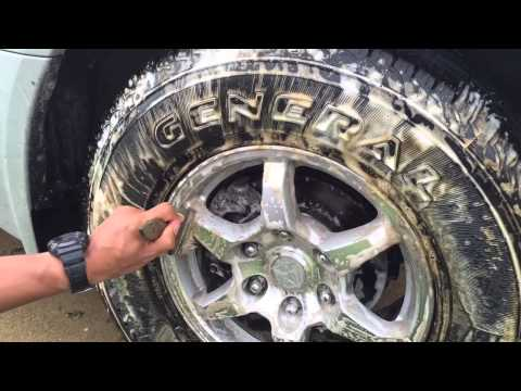 How to clean your wheels and tires