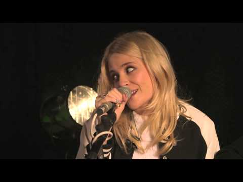 Pixie Lott 'Nasty' (Live from YouTube)