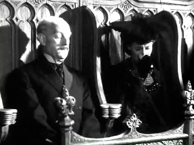 Kind Hearts and Coronets (1949) - Let's kill Alec Guinness (all of them)