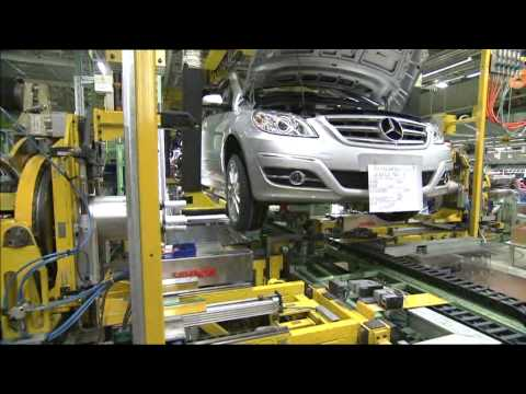 New mercedes benz b class production 2009 youtube for Mercedes benz training and education