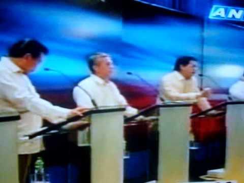 Presidential Debate sa UST (Dec 2 2009)