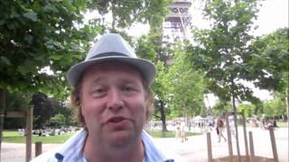 4 French Phrases Every Tourist Should Know