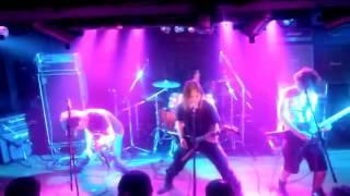 H26年7月19日岩国ロックカントリーでのライブです。 FARZEST渾身...