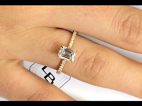 1.10 carat Emerald Cut Diamond Engagement Ring in Rose Gold