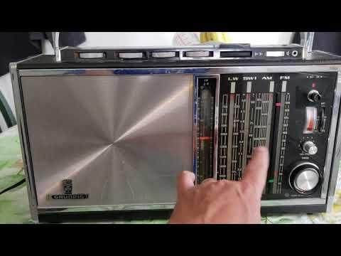 my-top-favorite-analog-receiver-grundig-satellit-transistor-6001-aka-grundig-satellit-210-vintage