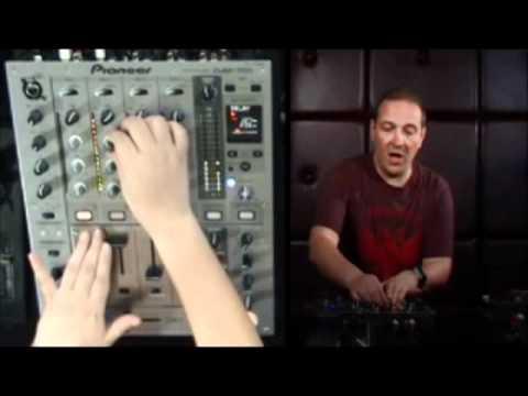 How to DJ - Phil K (Intermediate Level)